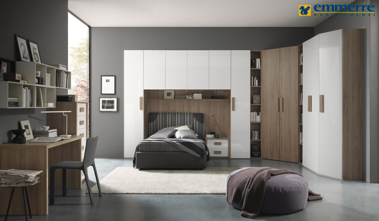 Armadi camere da letto roma design casa creativa e for Camere da letto vendita on line