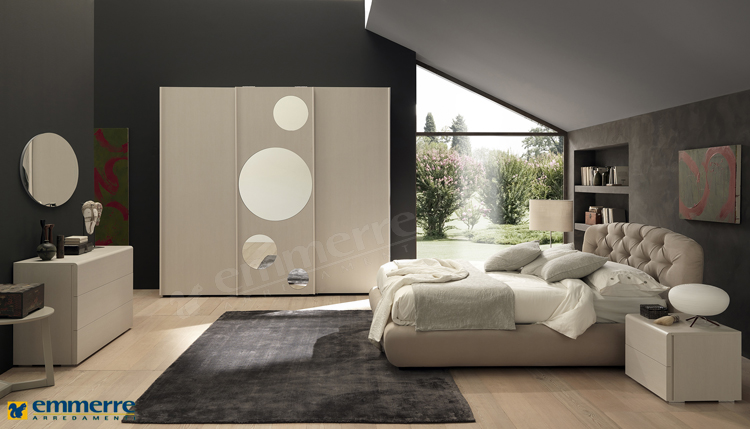 Mensole moderne camera da letto design casa creativa e for Design con 2 camere da letto